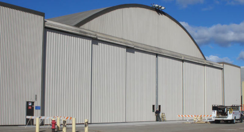 Refurbishment bottom rolling hangar door 2